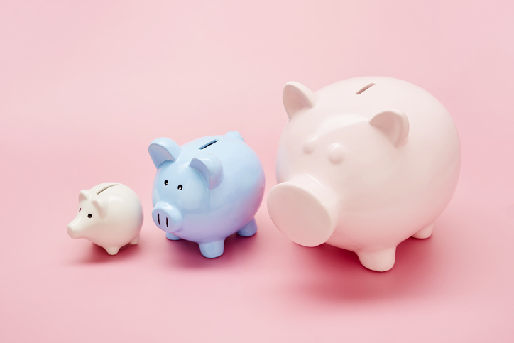 piggy banks from small to large